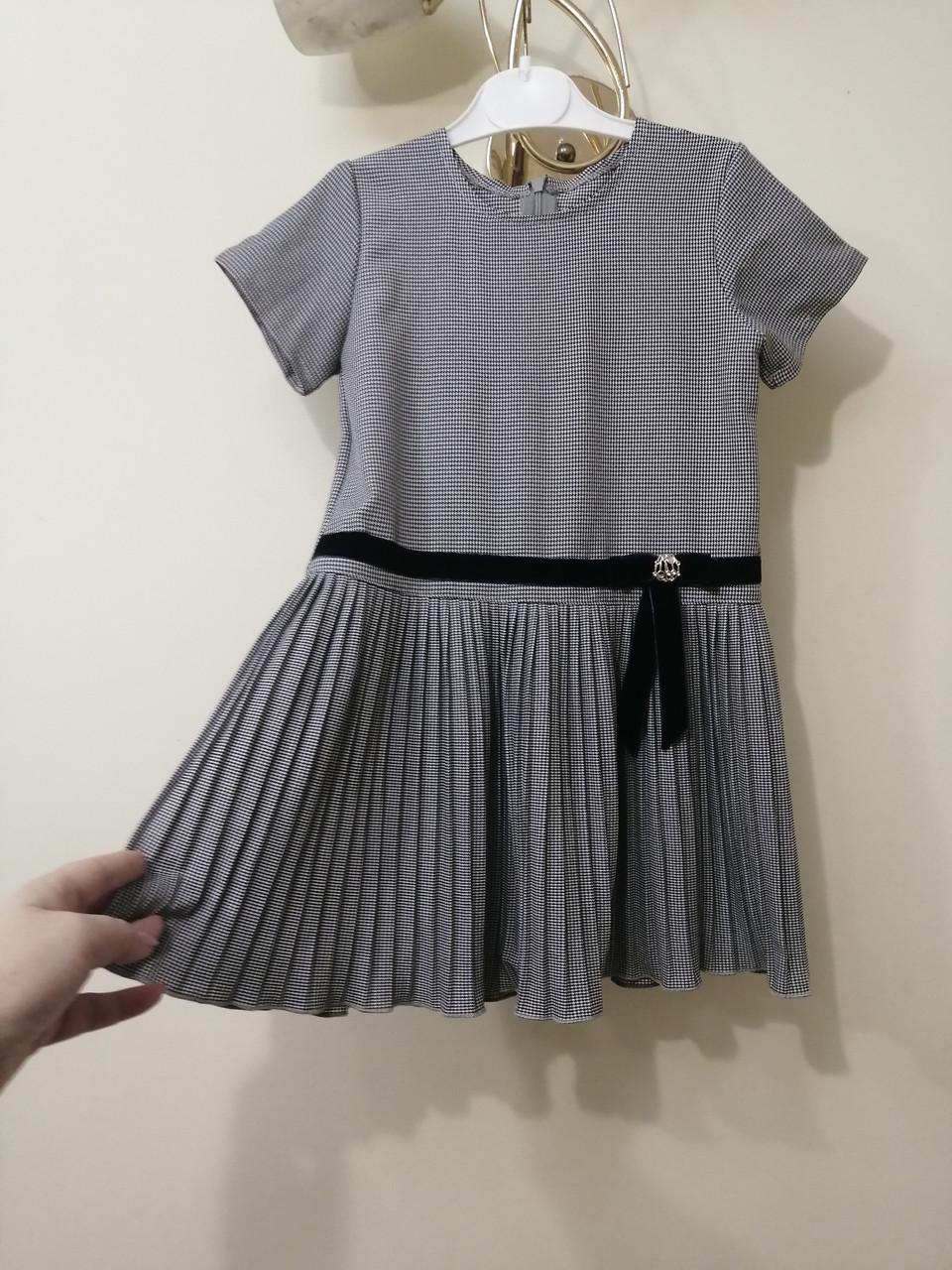 Платье для девочки с плиссированной юбкой
