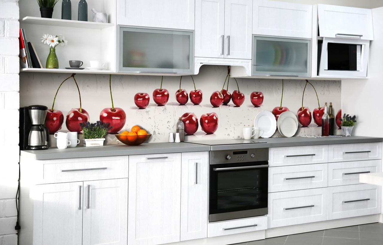 Скинали на кухню Zatarga «Черешневые разговоры» 650х2500 мм виниловая 3Д наклейка кухонный фартук
