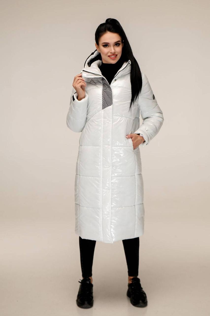 Зимняя теплая белая лаковая куртка