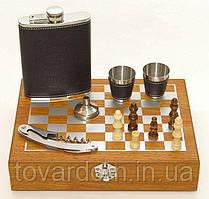 Подарунковий набір з флягою і шахами QZ8