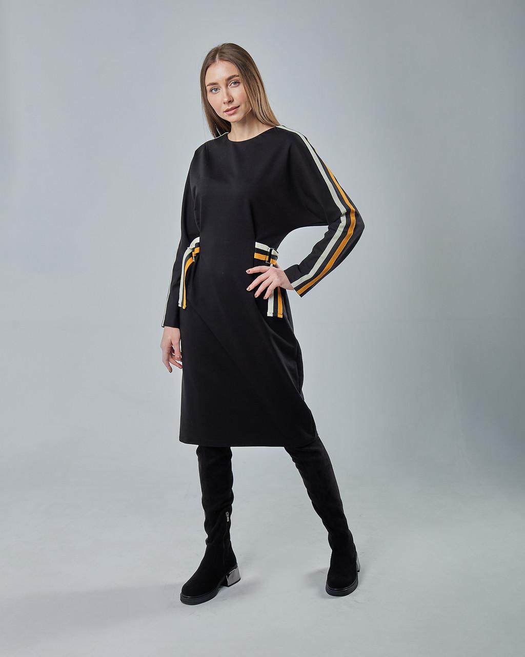 Черное облегающее платье миди с вставкми