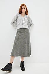 Вязаный джемпер с декоративным плетением. Цвет светло-серый. Размер 42-44, 46-48