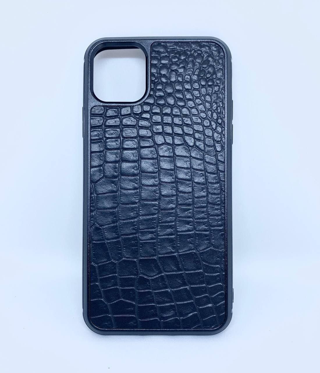 Чехол CaZe для iPhone 11 Pro Max с тиснением под крокодила черный мелкая фактура
