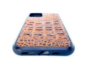 Чехол CaZe для iPhone 11 с тиснением под крокодила Премиум коричневый