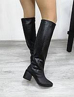 Женские сапоги на каблуке черного цвета, фото 1