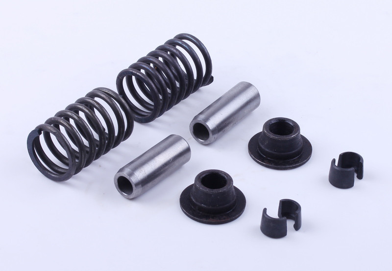 Клапанный механизм комплект (пружины, тарелки, сухари, направл.) на 2 кл. - 195N