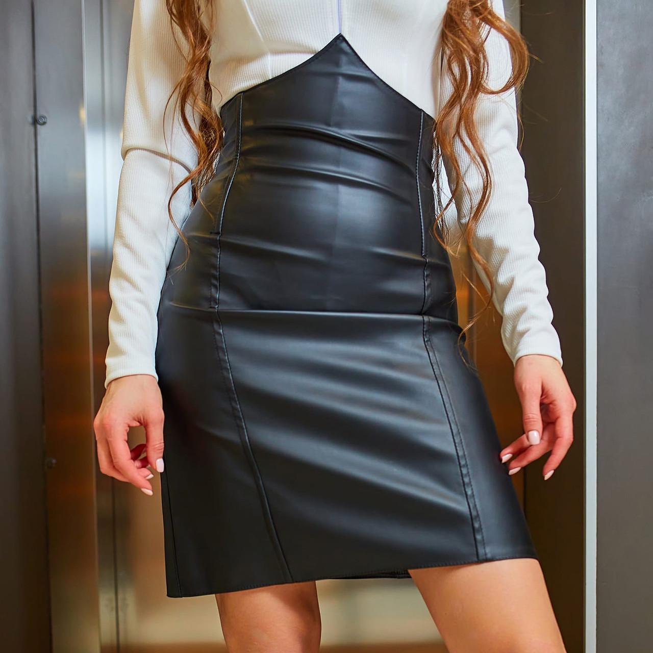 Жіноча чорна шкіряна спідниця-корсет