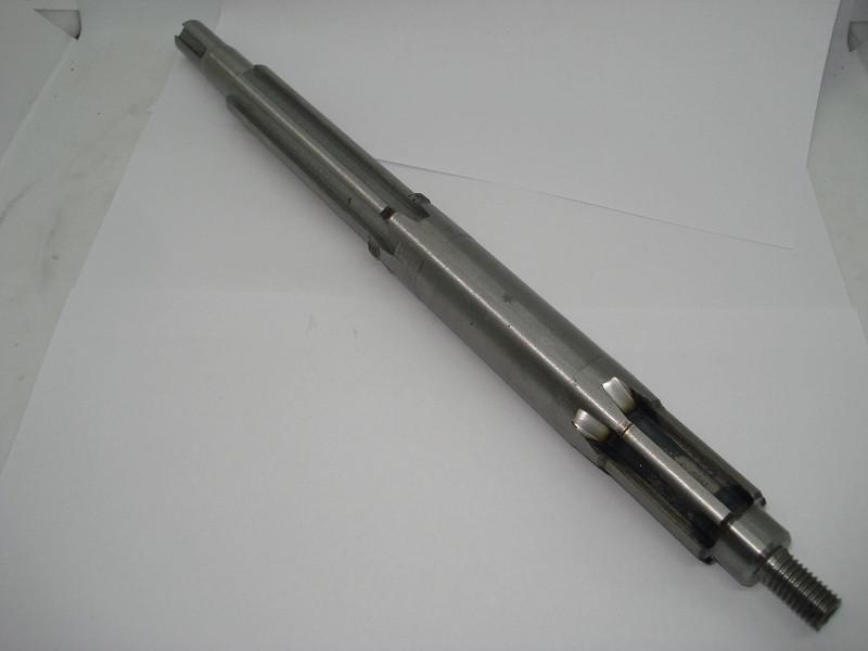 Вал головний L-365 mm Z-6 зчеплення/гідравлічний насос (12 колесо)