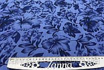 Джинсовая ткань с цветочным темно-синим принтом