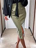 Кожаная юбка карандаш с разрезом и накладными карманами длиной миди (р. 42, 44) 8311455, фото 4