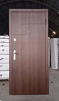 Вхідні металеві бронированнная двері Турин темний горіх (серія «ВІП»)