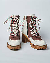 Ботинки кожаные женские бежевые на шнурке и каблуке. Турция