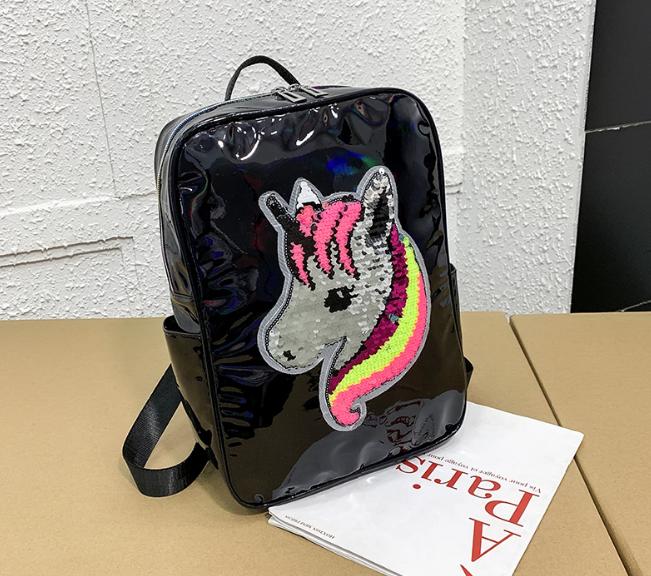 Голограммный рюкзак з єдинорогом чорний
