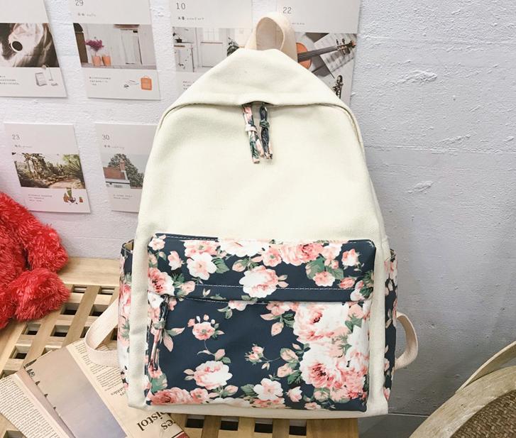 Рюкзак з квітами