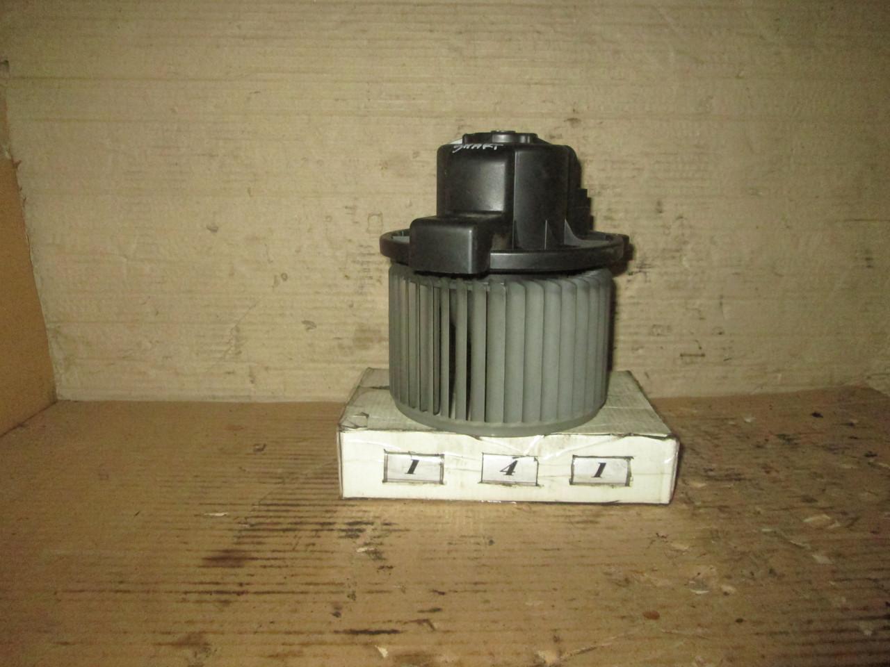 №141 Б/у двигун пічки для Smart 1998-2010