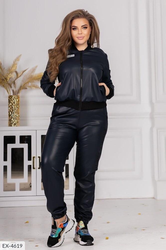 Кожаные женские стильные штаны на велюре надпись на ноге большие размеры 48-54 арт 146