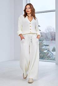 Вязаный мини кардиган с модными брюками клеш, цвет айвори, размер оверсайз 44-50