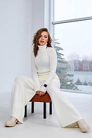 Тёплый брючный вязаный костюм молочного цвета, размер  оверсайз 44-50