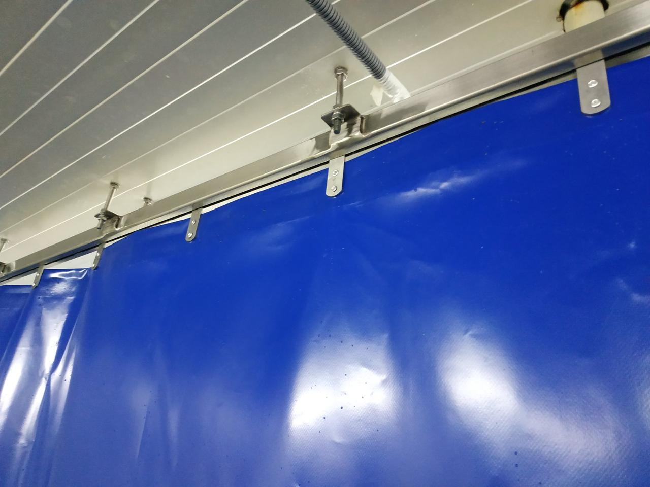 ПВХ завіси, тентові штори для промисловості, тент штора на мийку, тентові штори ПВХ, ПВХ перегородки для цеху.