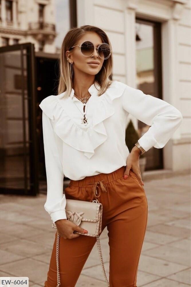 Женская блузка из лёгкой ткани софт