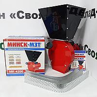 """Зернодробилка (крупорушка, измельчитель зерна) """"Минск"""". 4200 (Вт). 2850 об/мин. (молотковая)."""