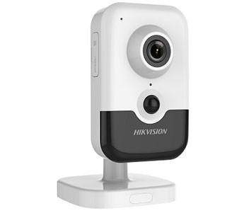 2 Мп IP відеокамера Hikvision c Wi-Fi DS-2CD2421G0-IW(W) (2.8 мм)