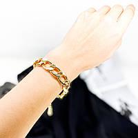 Стильный браслет на руку с массивным плетением в цвете золота