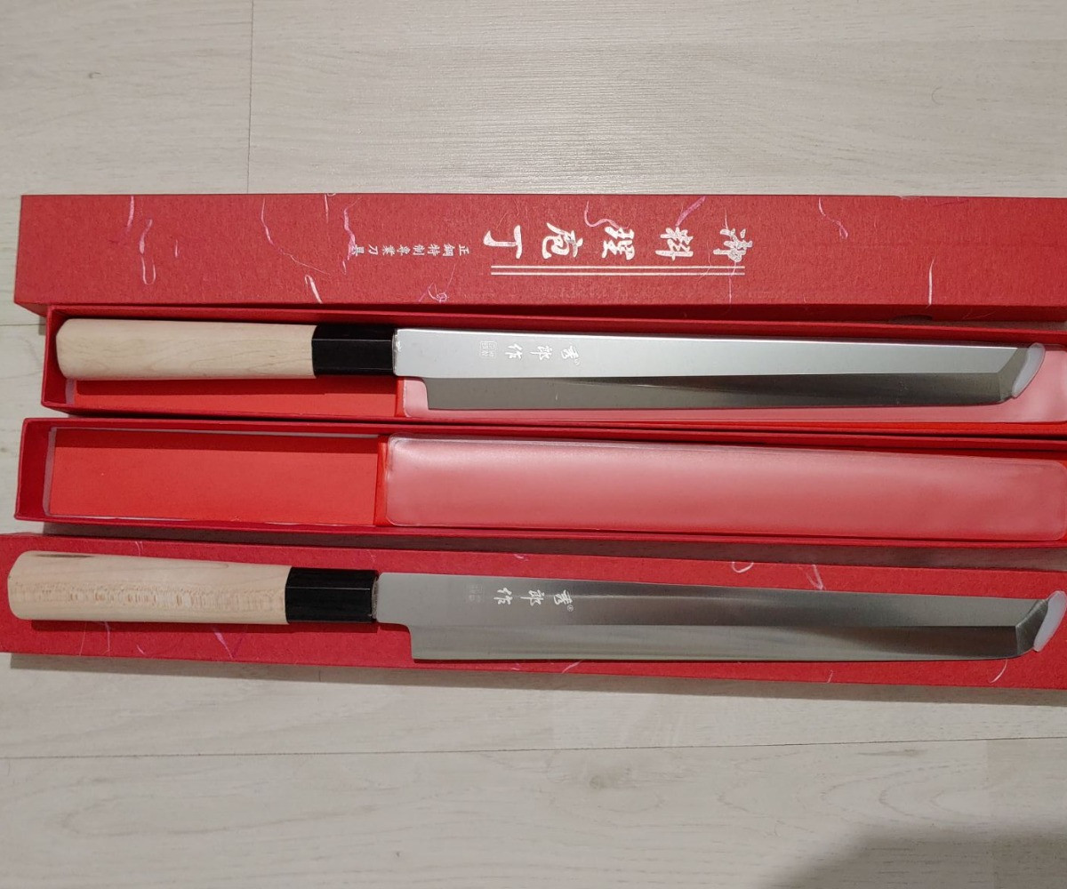Японський ніж кухонний Янагиба KAI Yanagiba з одностороннім заточуванням 280 мм