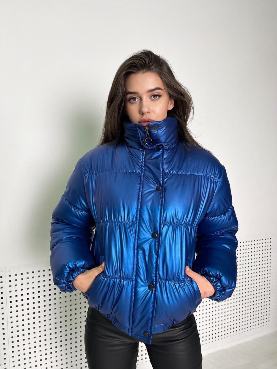 Женская куртка перламутровая короткая зимняя с воротником стойкой (р. 42-48) 1701583