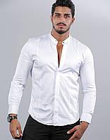Чоловіча біла сорочка приталені