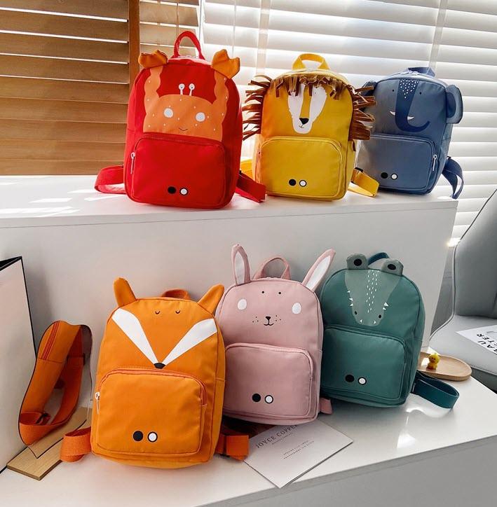 Стильний дитячий рюкзак з милими принтами і вушками