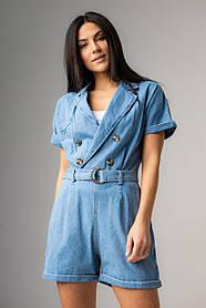 Голубой джинсовый короткий комбинезон в размерах: S, M, L, XL.
