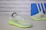 Жіночі кросівки сірі з неоновою підошвою Yeezy Boost, фото 3