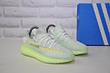Жіночі кросівки сірі з неоновою підошвою Yeezy Boost, фото 4