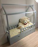 Кровать домик для мальчика массив Ольхи от 3 лет с бортиком