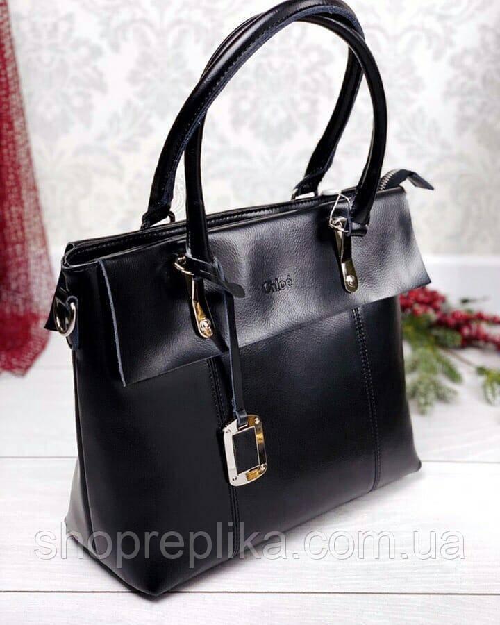 Кожаная сумка в черном  в стиле Хлоя