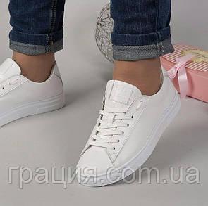 Модні жіночі кросівки натуральна шкіра білі