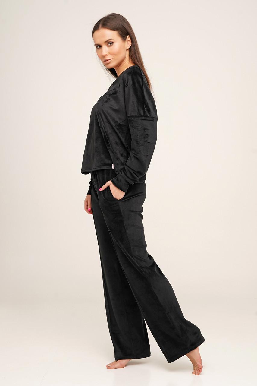 Черный велюровый  костюм кофта и штаны