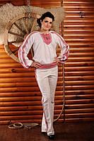 Женский брючный костюм с вышивкой, размер 46