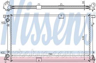 Радиатор охлаждения двигателя на Рено Трафик 03-> 2.5dCi (135 л. с. ) — Nissens (Дания) - NIS 63818A
