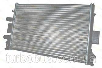 Радиатор двигателя на Рено Трафик 06-> 2.0dCi — Thermotec (Китай) - D7R038TT