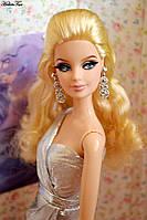 Барби с ресничками Блеск Города Barbie The Look Silver Dress