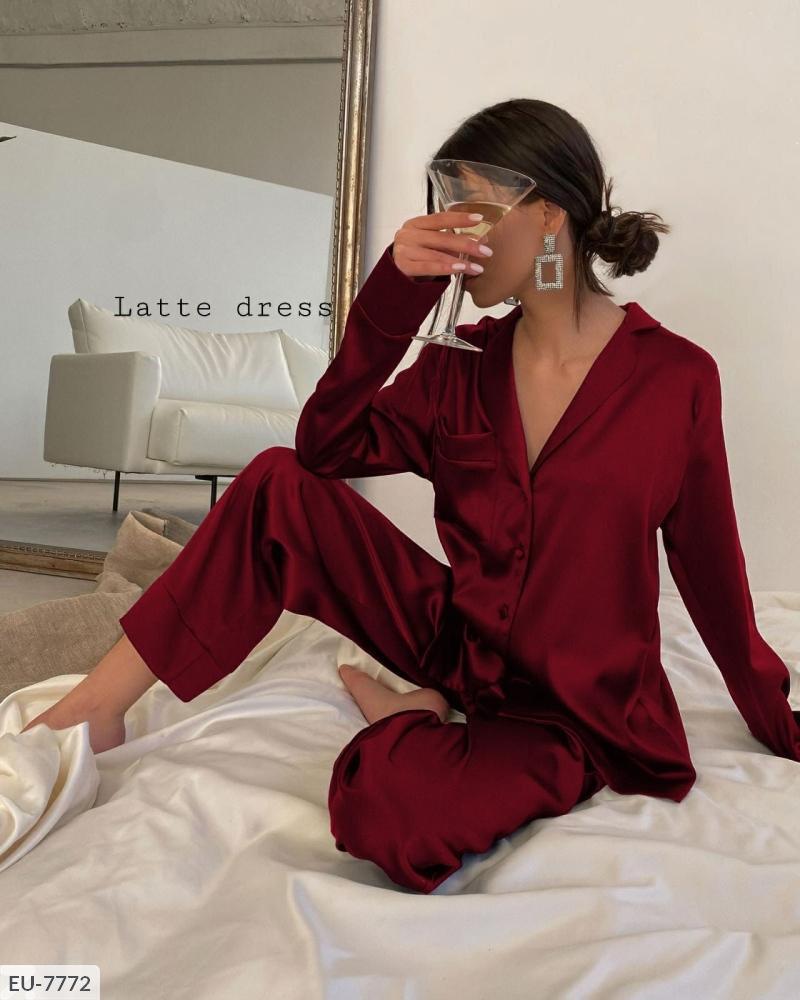 Жіноча піжама MEOW. Тканина - Турецький бамбук М'яка, тепла, приємна до тіла тканина! Кольори: синій, хакі.