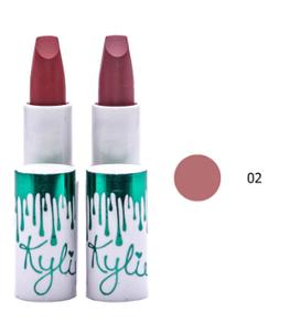 Матовая помада KYLIE Velvet Matte Lipstick № 02 Уценка