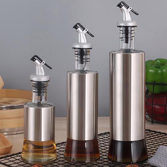 Стеклянная бутылка для жидких текстур. Модель RD-543-4