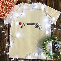 Мужская футболка с принтом - Выстрел, розы, фото 1