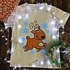 Чоловіча футболка з принтом - Олень з сніжинками