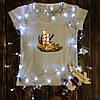 Жіноча футболка з принтом - Різдвяний вінок