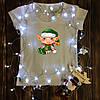 Женская футболка  с принтом - Эльф сидит