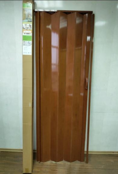 Двері гармошка глуха 810 х 2030 Черешня